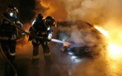 1.067 Mobil Dibakar Saat Malam Tahun Baru di Prancis