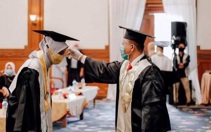 Prosesi Wisuda STIKES Mataram 2020, Prodi Keperawatan, Ners & Kebidanan