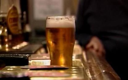 Minum Alkohol Bisa Merusak Otak